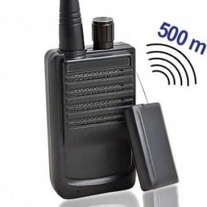 Preiswertes, sofort einsatzfähiges Abhörgeräte Set. Sender komplett mit passendem Empfänger. Reichweiten bis zu 500 mtr. möglich. Klein, preiswert, robust, leicht bedienbar.