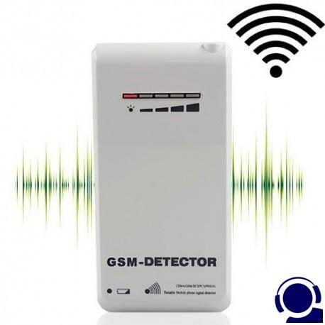 Überzeugender Abhörschutz vor modernen GSM-Wanzen. GSM-Wanzen erfreuen sich immer grösserer Beliebtheit, sind aber mit einfachen Suchgeräte kaum zu entdecken. Speziell für die Suche nach solchen GSM-Wanzen wurde dieser GSM Wanzen-Detector entwickelt. Er scannt alle international üblichen GSM-Frequenzen auf verdächtige Signale und spürt zuverlässig alle GSM-Sender auf.